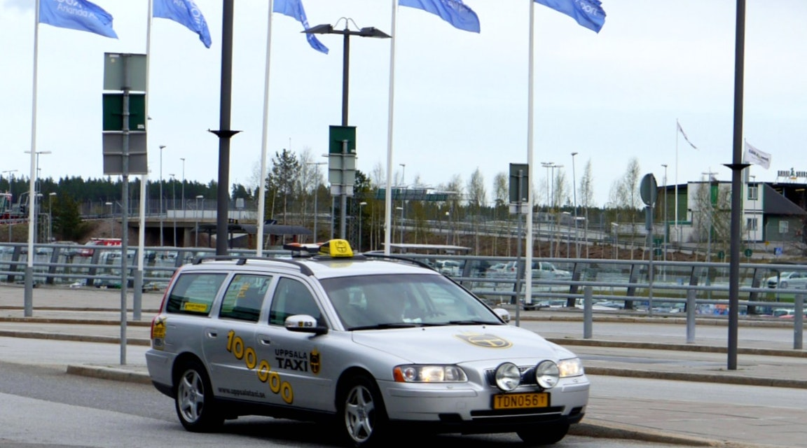 Taxiförare får behålla legitimation trots sexköp