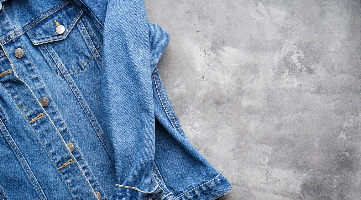 Hämtade klients jacka – oenig nämnd prickar advokat