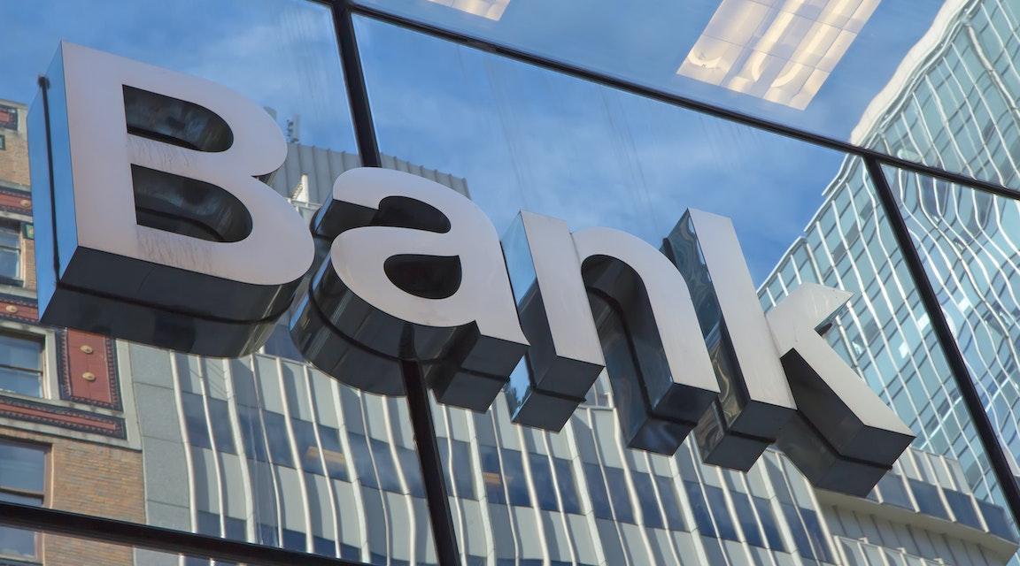 Inget skadestånd till konkursat bolag - banken hade rätt att säga upp krediter