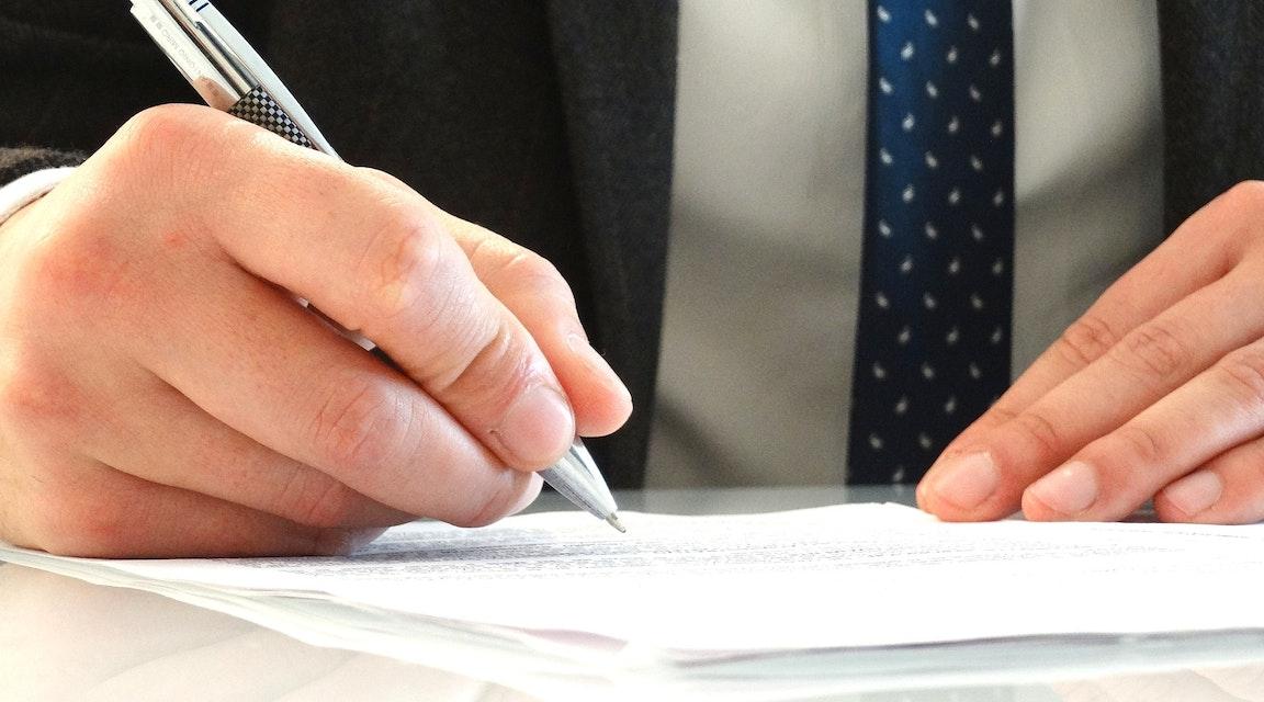 Länsförsäkringar förlorar i HD - ansvarsförsäkring giltig trots VD:s mångmiljonsvindel