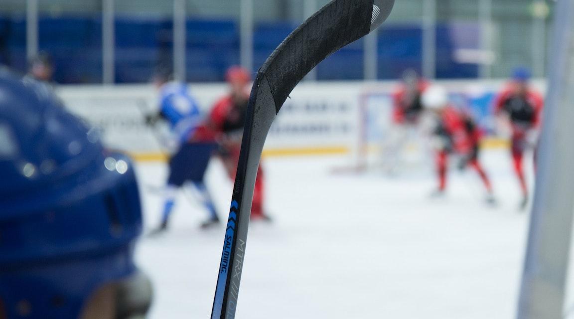 Ingen arbetsskada när revisor slog ut tand under friskvårdshockey