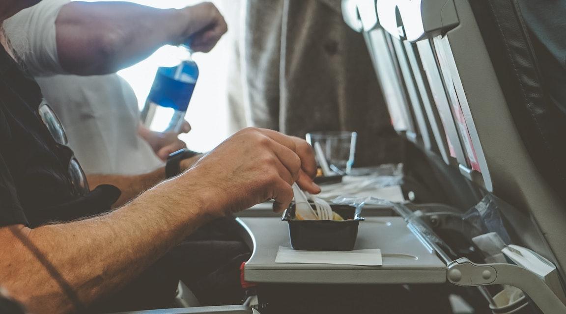 Flygbolag skadeståndsskyldigt för spillt kaffe